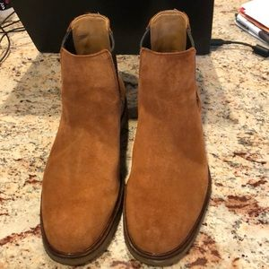 Clark's Suede Boots Size 7-1/2M